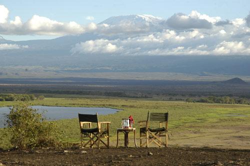 overlooking-mt-kilimanjaro